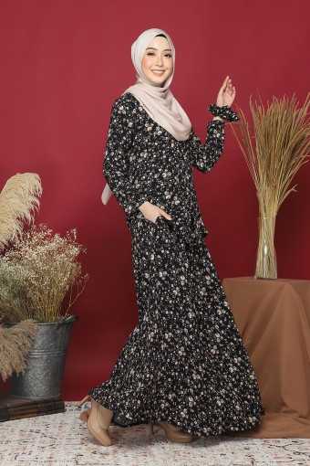Kebaya Andaman Set In Black Pearl