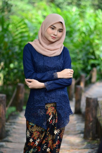 Kutu Baru Luxe - DARK BLUE (TOP ONLY)