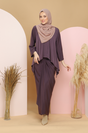 Kebaya Kaftan Afya set in Plum Purple