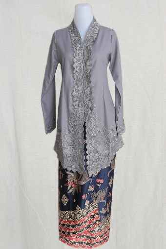 Kebaya Sulam Qaleeda Dark Grey & Pario Saleha Darkblue